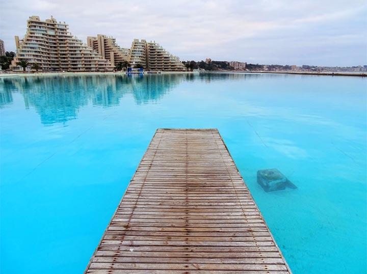 Het Grootste Zwembad Ter Wereld Is Meer Dan Een Kilometer